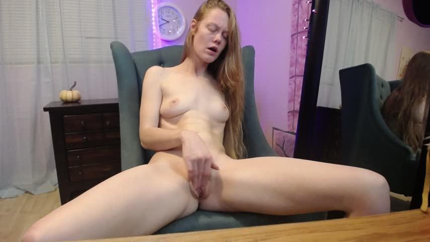 sexyredfox89'd vid
