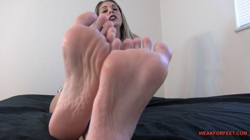 Footexhibit'd vid