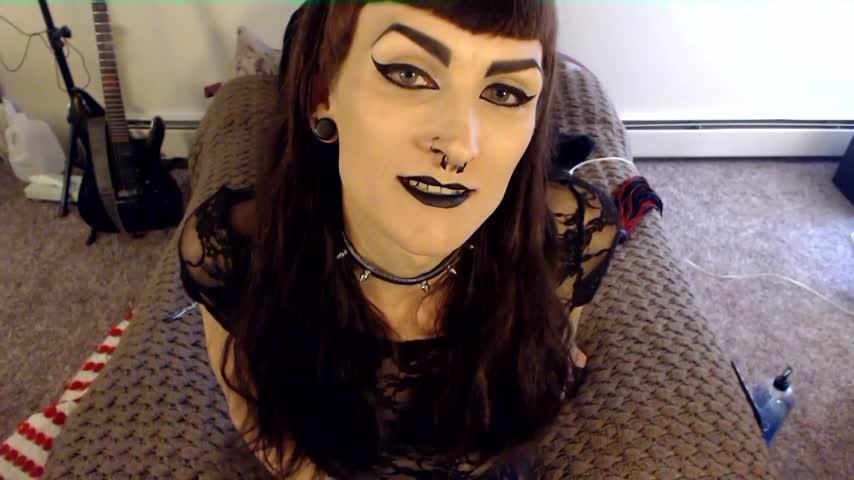 Lilly Demona'd vid
