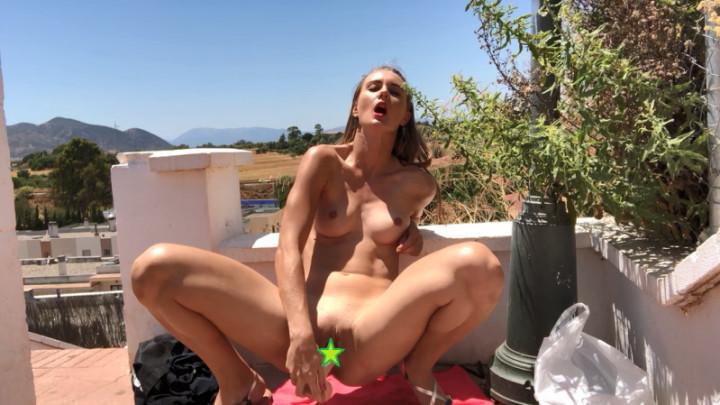 Young Girl Masturbating Cum
