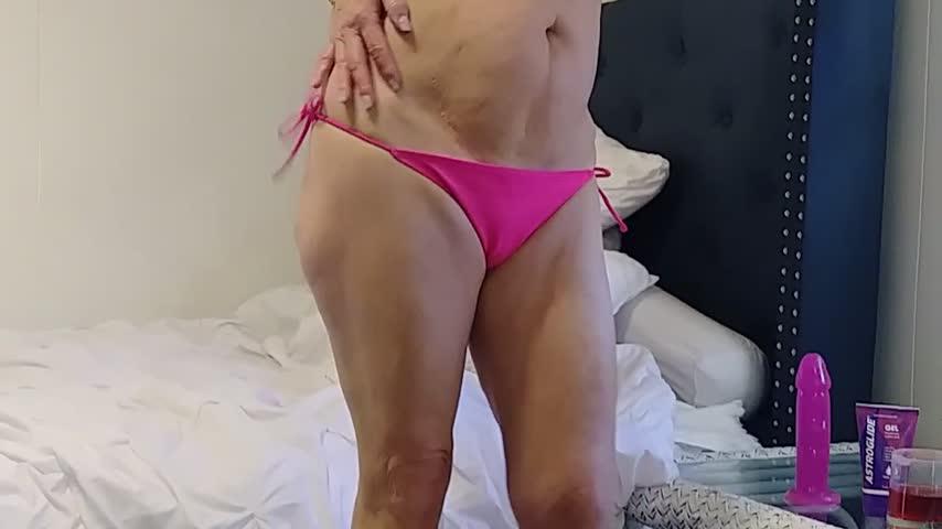 MarilynMoreau'd vid