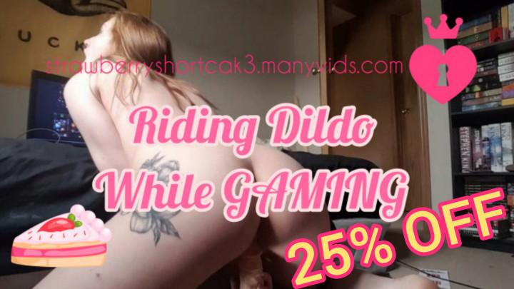 Sexy Cam Girl Riding Dildo