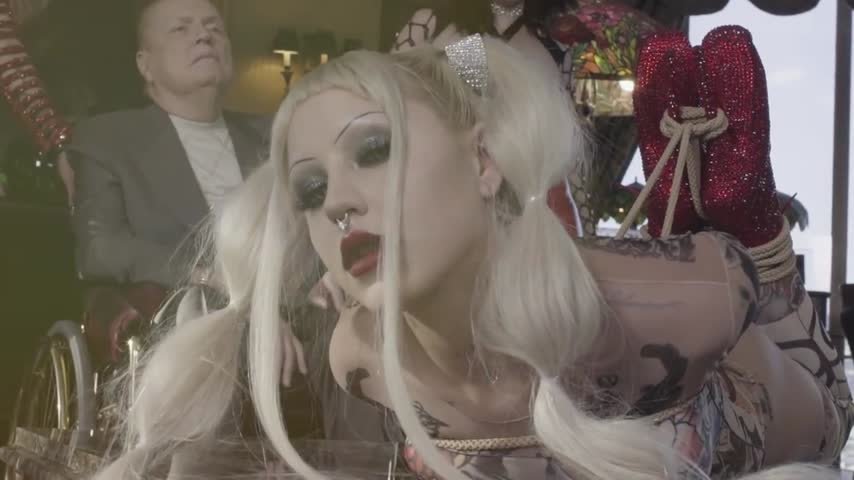 Brooke Candy'd vid