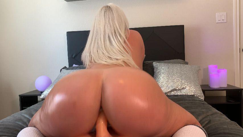 Hidden Cam Blonde Riding
