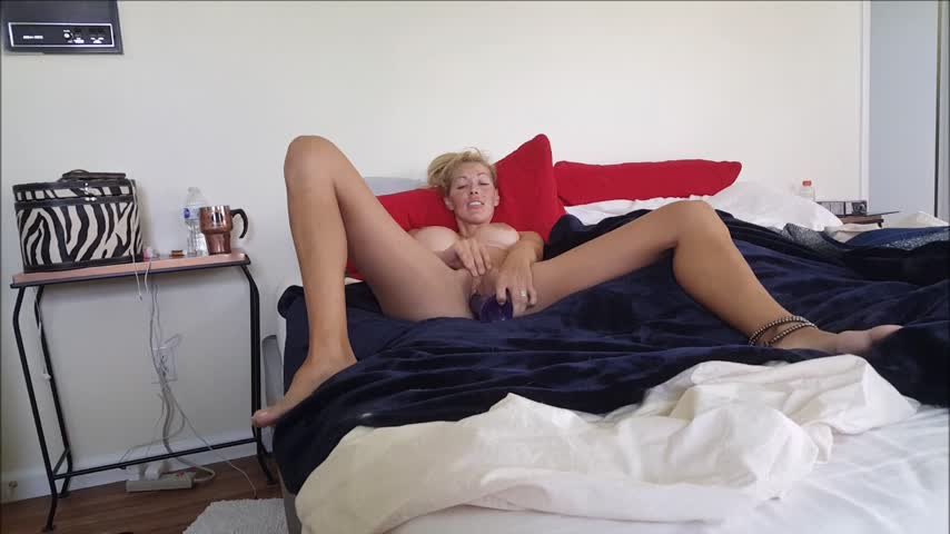 hollyhotwife'd vid