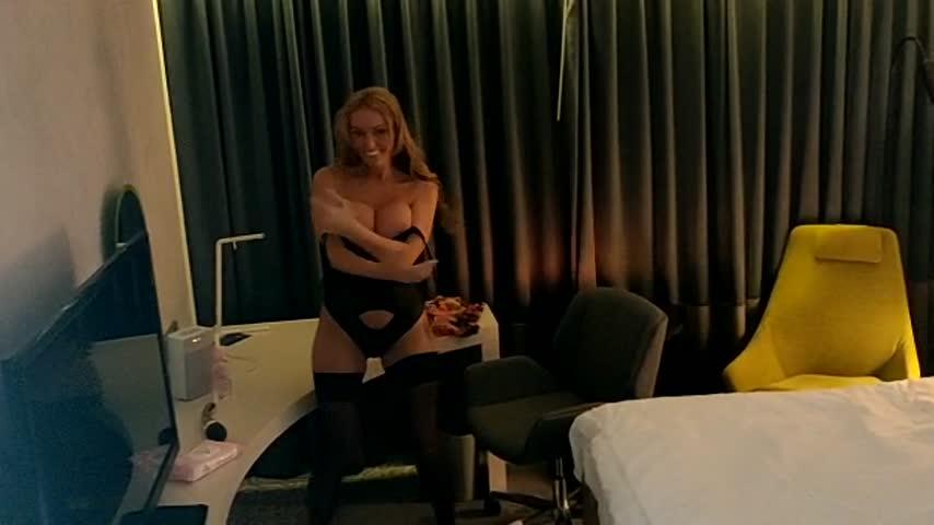 StaceySaran_PornStar'd vid