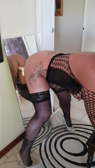 Deepika padukone cocks video