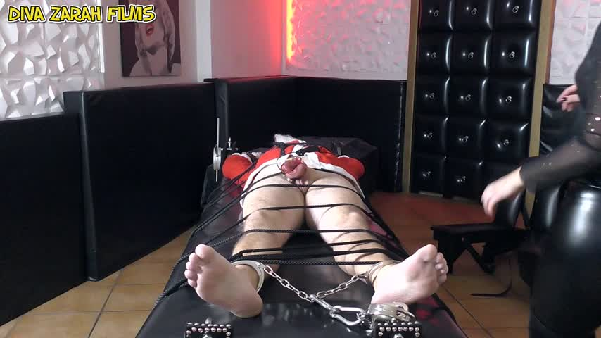 FETISH DOMINA DZ'd vid
