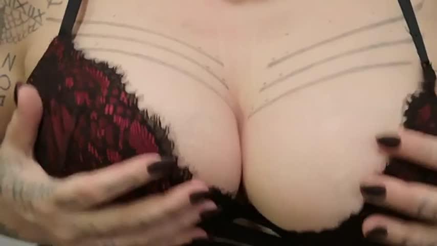 Mistress Selene Pain'd vid