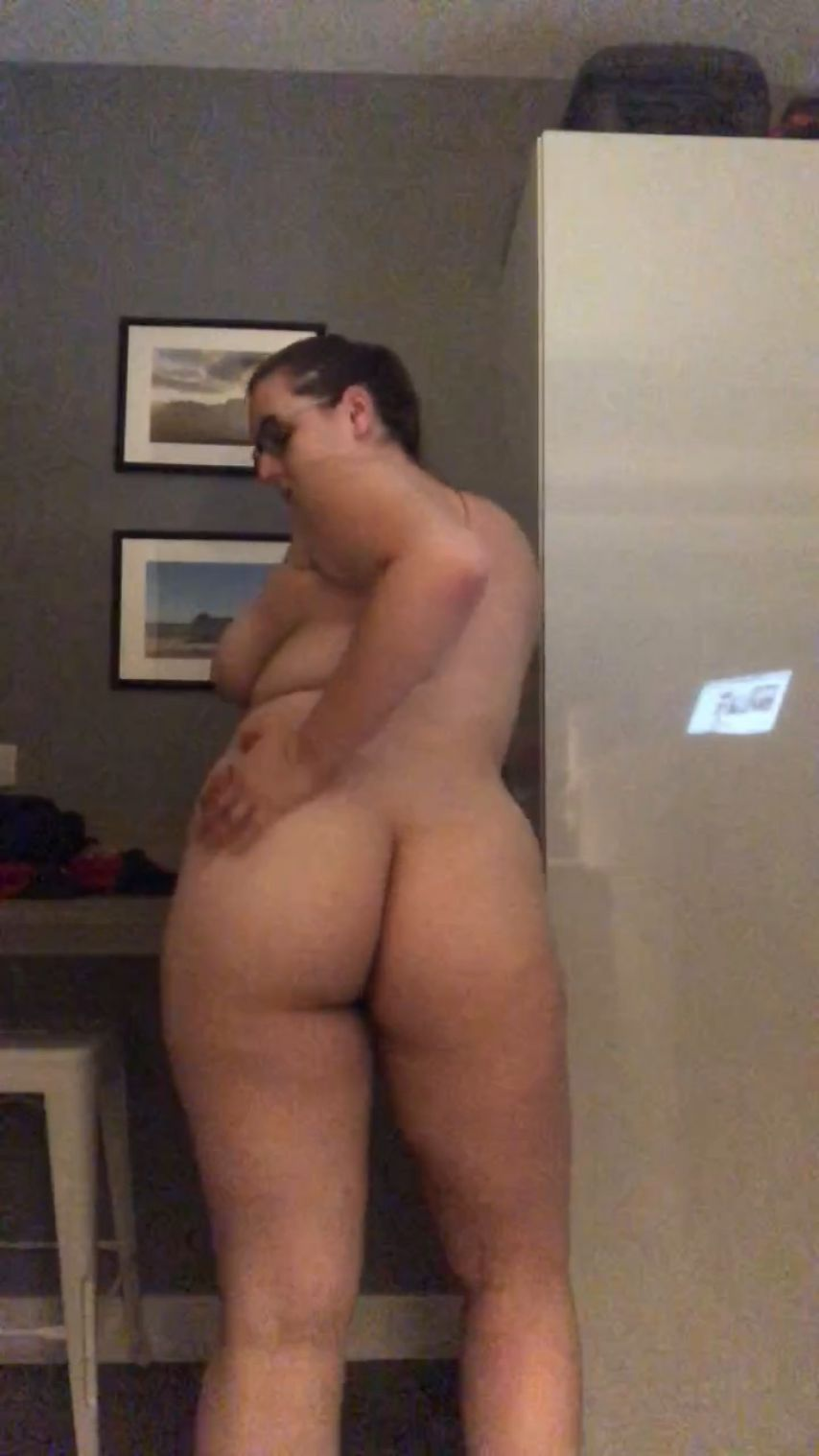 peachycurves2'd vid
