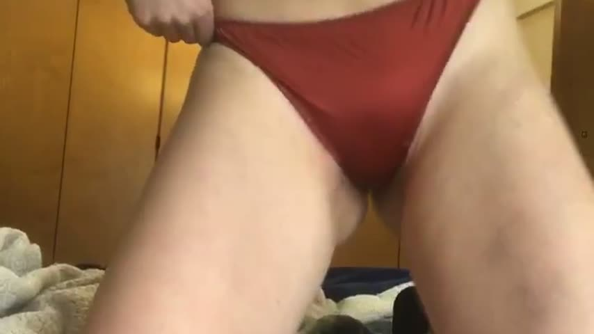 tinysubgirl'd vid