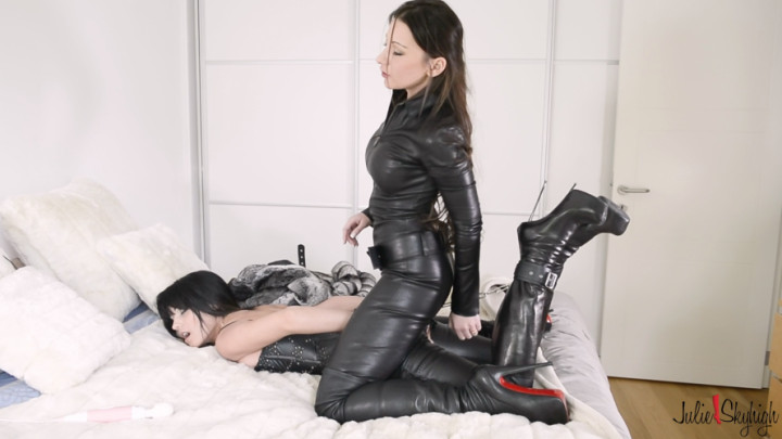 Leather Boots Solo Girl