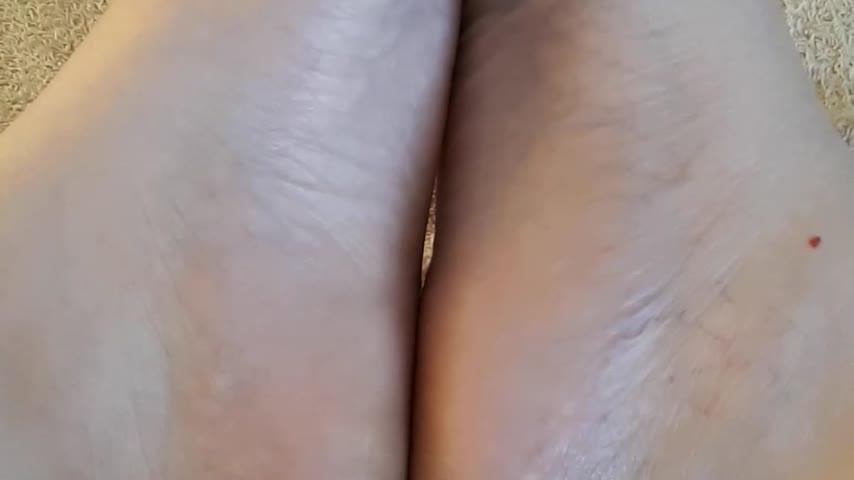 LONG LEGS RACHEL'd vid