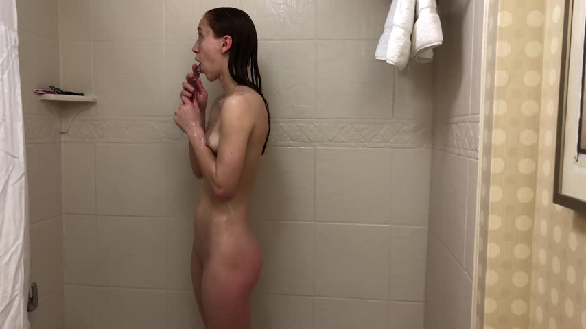Solo Female Dildo Deepthroat